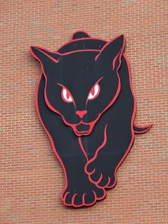 Nicknamed 'The Black Cats' the huge cat is a popular feature on this super stadium. Sunderland Football, Sunderland Afc, Football Tattoo, Football Team, Premier League, Huge Cat, Cats Outside, Angel Of The North, Association Football
