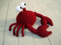 Crocheting: Mr. Crabby