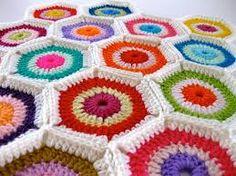 Resultado de imagem para almofadas de croche no flickr