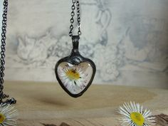 Pendants – Neckalace, Pendant, heart, daisy flower – a unique product by Jewelry_Beads_Amber_Shop via en.DaWanda.com