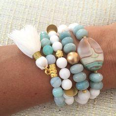 Agate Swirl Tassel Bracelet Stack by ShopSprouts on Etsy Achat Windung Quaste Armband Stack by ShopSprouts on Etsy Ermish Bracelets, Tassel Bracelet, Bohemian Bracelets, Gemstone Bracelets, Handmade Bracelets, Handmade Jewelry, Diamond Bracelets, Bangles, Etsy Jewelry