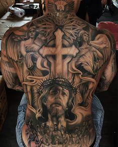 The 90 Best Back Tattoos [Femininas e Masculinas] Cross Tattoo Designs, Tattoo Sleeve Designs, Sleeve Tattoos, Religion Tattoos, Backpiece Tattoo, Tattoo Henna, Back Tattoos For Guys, Full Back Tattoos, Back Tattoo Men