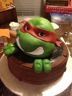 Teenage Mutant Ninja Turtle by malou1021 from Cake Central.
