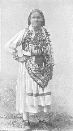 Croatia, Kroatin aus der Nahe von Agram [Zagreb]. Source: C. H. Stratz: Die Frauenkleidung, published 1904.