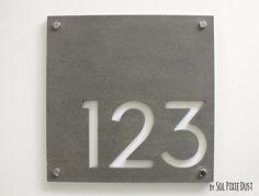 Numéros de maison moderne, carré de béton avec acrylique blanc - nombre de porte adresse - Sign Plaque - maison contemporaine