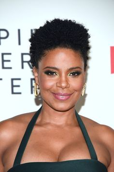 """Sanaa Lathan Photos - Sanaa Lathan attends the special screening of Netflix's """"Nappily Ever After"""" at Harmony Gold on September 2018 in Los Angeles, California. - Special Screening Of Netflix's """"Nappily Ever After"""" - Arrivals Natural Afro Hairstyles, Ethnic Hairstyles, Curly Hair Styles, Natural Hair Styles, Sanaa Lathan, Hair Journey, Beautiful Black Women, Pretty Face, Her Hair"""