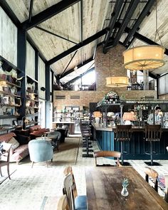 That beautiful smell of burning wood on a mid-week country getaway to - this is the soho farmhouse vibe Farmhouse Brewery, Farmhouse Restaurant, Brewery Restaurant, Soho Farmhouse, Modern Restaurant, Modern Farmhouse, Brewery Design, Cafe Design, Interior Design
