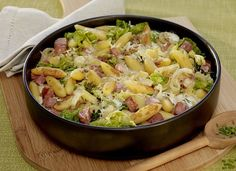 Schupfnudel-Wirsing-Gratin- noodles with cabbage and smoked pork Smoked Beef Brisket, Smoked Pork, Austrian Cuisine, Cooking Recipes, Healthy Recipes, Rabbit Food, Southern Recipes, Italian Recipes, Good Food