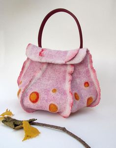 competitive price b3e66 06c4f Handbag in natural wool and leather, Felted wool pink octopus organic bag,  Eco friendly wool and leather fairy bag, French fashion handbag