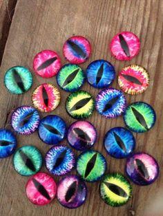 """lot de dix perles 'oeil de dragon"""" 12mm : Cabochons, demi-perles par l-usine-a-creation"""