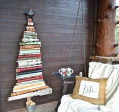 I Made a Christmas Tree Using Old Spindles That Gives Me