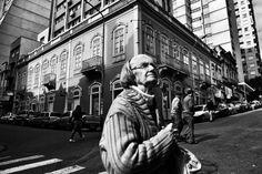 Rua General Vitorino com a rua Vigário José Inácio.  Porto Alegre - RS - BR  Data: 17.07.2012