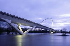 Pont de l'Europe / Orléans (Gallery) - Santiago Calatrava – Architects & Engineers
