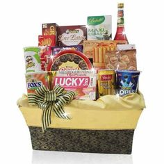 PARCEL LEBARAN WISHES	 Eid Ul Fitr Hamper consist of Cookies, Biscuits, Coffee, Sparkling Juice and more. Presented in Exclusive Box
