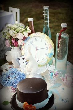 Maddycakes Muse: Alice in Wonderland Tea Party