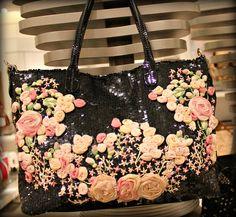 Valentino, Spring 2012 handbag. #fashion #handbags