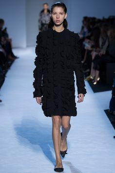 Giambattista Valli Fall 2016 Ready-to-Wear Fashion Show. Radzi would slay this