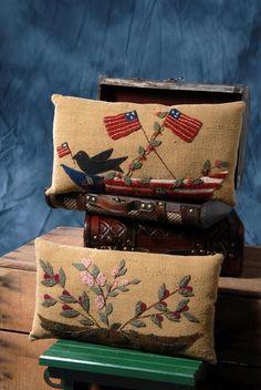 Wool Applique Pillow Patterns   Found on patternhutch.com
