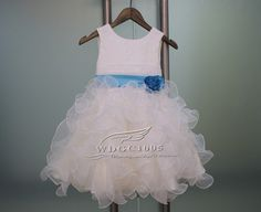 The dress is made of high quality satin/lace Fabri    If you need to customize,  Please contact me before buying