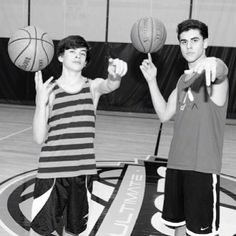 The ever sexy hayes grier and of course the perfect Jack Gilinsky. Magcon Family, Magcon Boys, Benjamin Hayes Grier, Vine Boys, Aaron Carpenter, Chon Mendes, Carter Reynolds, Brent Rivera, Jack Gilinsky