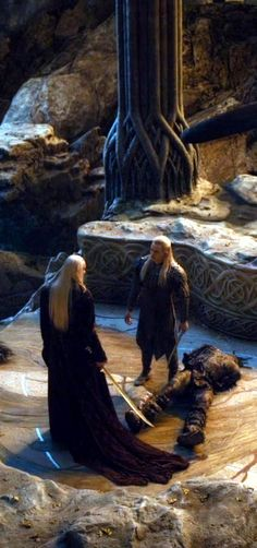 Lee Pace as Thranduil and Orlando Bloom as Legolas in The Hobbit movies Fellowship Of The Ring, Lord Of The Rings, Mirkwood Elves, Elf King, Legolas And Thranduil, Jackson, Tolkien Books, The Hobbit Movies, Fanart