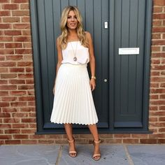 Mollie king ... This is such a gorgeous outfit, she has amazing style.