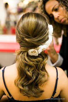 Tulle - Acessórios para noivas e festa. Arranjos, Casquetes, Tiara   ♥ Beatriz Morozetti