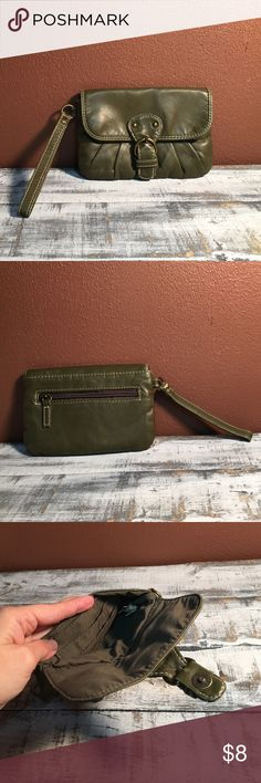Army Green Wallet Wrislet This Wristlet is SUPER CUTE! Has zippered coin holder and a place for cards inside. It's in like new condition! Bags Clutches & Wristlets
