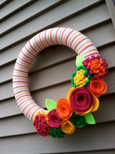 Check out my friends beautiful string wreathes!  Perfect for indoor or outdoor decoration! I love this one!