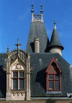 Hôtel de Sens was built from 1474 to 1519 for the archbishops of Sens. Paris Travel, France Travel, Ile Saint Louis, Paris Images, Interesting Buildings, Hotel Stay, Hotel Reservations, Cheap Hotels, Rue