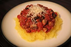 Quick and easy HEALTHY spaghetti recipe... using spaghetti squash instead of pasta! They'll never know the difference!