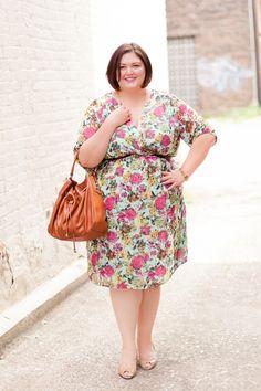 Emmie in the @IGIGI Cecilia Dress in Mint Floral #plussize