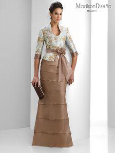 Elegant Dresses, Pretty Dresses, Beautiful Dresses, Formal Dresses, Dress Outfits, Fashion Dresses, Mother Of Groom Dresses, Mom Dress, Special Dresses