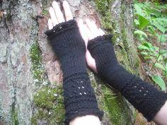 Fingerless Gloves, Black Fingerless Gloves, Wrist Warmers, Knit Fingerless Gloves, Lace Fingerless G Estilo Punk Rock, Estilo Grunge, Grunge Outfits, Casual Outfits, Girly Outfits, Pretty Outfits, Fashion Outfits, Mode Grunge, Fru Fru
