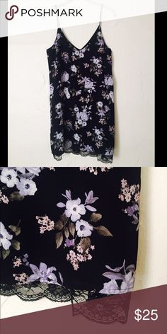 Floral Dress Lightweight, strappy dress with built in lace slip. Barely worn. Looks like new! Forever 21 Dresses Mini