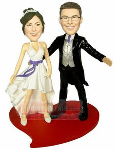 Personalized wedding toppers  from www.wowminime.com. Cuz that's what Robbie wants