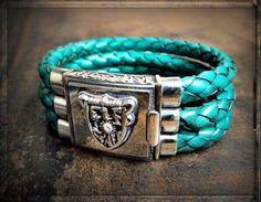 #ONLINESHOP ≫≫≫ www.schmuck-reichenberger.de ≫≫≫ FACEBOOK ≫≫≫ www.facebook.com/schmuck.reichenberger ✦✦✦  ►►► #elfcraft #bracelets #meteorit #sterlingsilver #massive #leatherbracelet #handcrafted #jewelry #schmuck #uhren #addictedtorock #splendidrock #rockjewelry #armparty #armcandy #braceletlove #armbänder #ThePlace2Be #burghausen