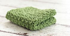 Need an easy crochet dishcloth pattern? This is a great pattern to add to your list ofcrochet dishcloth patterns.