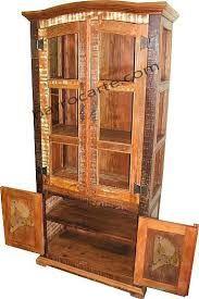 Resultado de imagem para cristaleiras de madeira