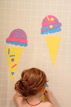 DIY glaces en papier mousse pour jouer dans le bain