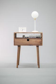 Walnut table www.etsy.com/listing/266135193