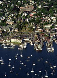 ✮ Newport, Rhode Island from the air