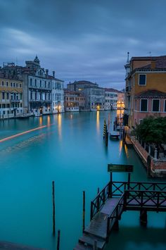 djferreira224:  Venice by aussieSkiBum   Amazing blue
