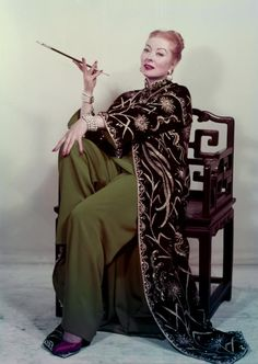 Greer Garson for Auntie Mame (1958 - Broadway)