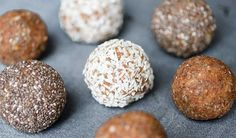 Banana, chia and coconut energy balls Jennifer Medhurst White Cookie Recipe, Coconut Energy Balls, Almond Meal Cookies, Sugar Free Diet, Pudding, Chocolate Flavors, Granola, Food And Drink, Healthy Eating