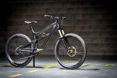 Santa Cruz Nomad 3 - Do-It-All Bike - czajko's Bike Check - Vital MTB