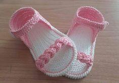 Crochet Baby Boots, Crochet Baby Sandals, Baby Girl Crochet, Crochet Baby Clothes, Crochet Shoes, Crochet Slippers, Love Crochet, Crochet Lace, Baby Shoes Pattern