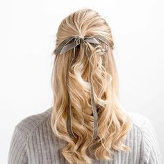 Put a bow on it. Dying to try this trend yourself but afraid of looking like a 6-year-old? Find all the answers on blog.stylisted.com. {Hair: Stylisted's @beautyforbloggers}  https://stylisted.com/