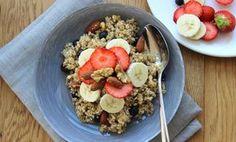 De wondermiddeltjes havermout en quinoa geven je lang een vol gevoel en veel energie om de hele dag door te gaan. Wat gebeurt er als je quinoa combineert met havermout? Hallopower-ontbijt! Ik hoor je denken…quinoa in de ochtend? Yep, quinoa is heel geschikt als ontbijt en bovendien goddelijk lekker in... Read More →