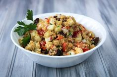 cold greek quinoa salad « Food « back to her roots. I made this for lunches or dinners for the week. Really easy and great to have on hand when you don't feel like cooking!